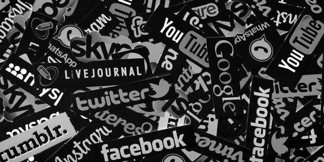 How To Organize A Social Media