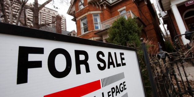A house for sale in Toronto, April 9, 2009. Home sales in Canada saw their largest drop in seven years as new housing rules in Ontario took a bite out of Greater Toronto's market.