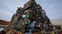 Plastic Waste Is So Out Of Control It Could Bury Manhattan 3 Km