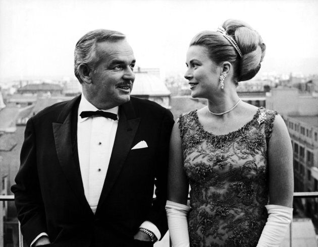 Prince Rainier And Grace Kelly On The Terrace Of Gresham Hotel Of