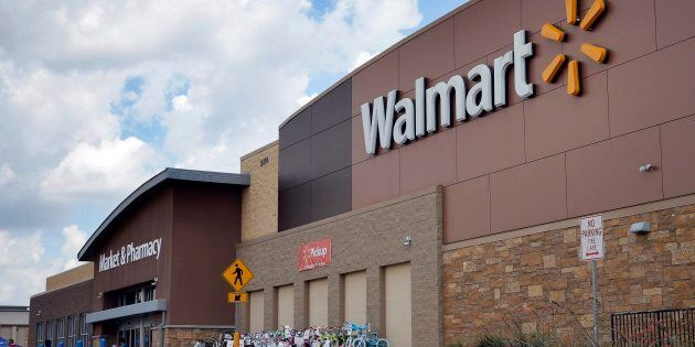Walmart Canada Makes Grocery Pickup Service