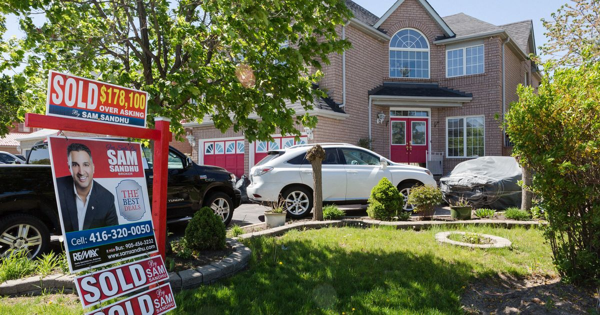 Canadian Real Estate Prices Will Fall 28% By 2020, According