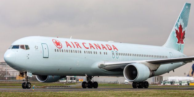 Air Canada Plane Returns To Toronto After Passenger Injures Flight