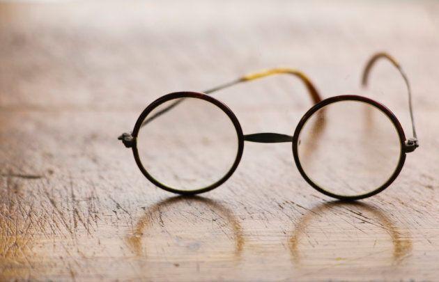 Eyeglasses Styles Through The