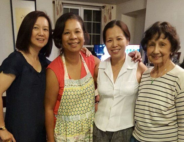 My mom (in white), her sisters (on her left) and my paternal grandmother