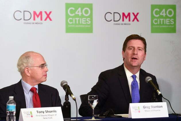 Phoenix Mayor Greg Stanton (right) and First Deputy Mayor of New York Anthony Shorris take part in a press conference titled in Mexico City on Dec. 2, 2016.