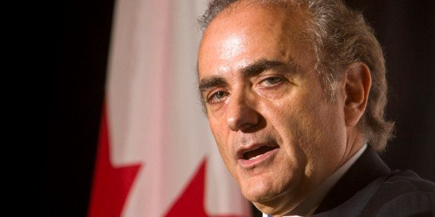 Air Canada CEO Calin Rovinescu speaks during a luncheon meeting of the Canadian Club of Toronto on Nov....