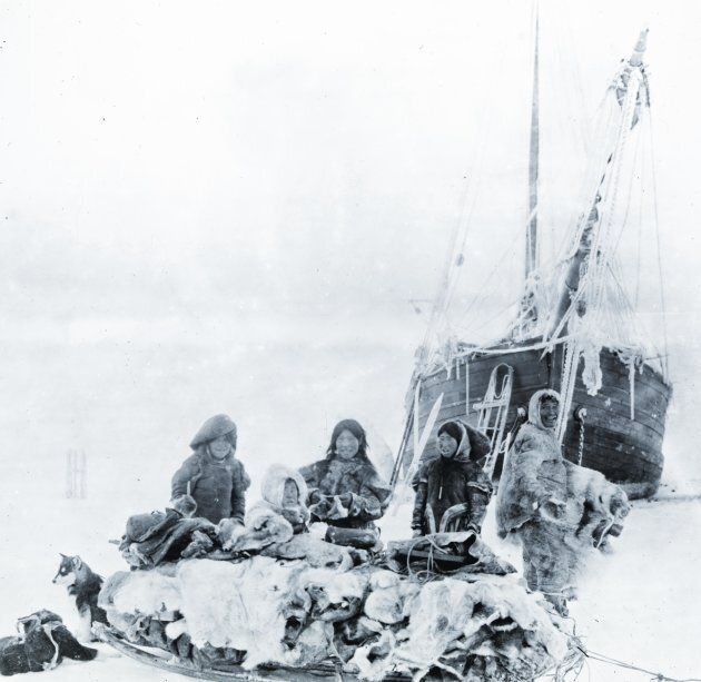 Inuit by Amundsen's ship the
