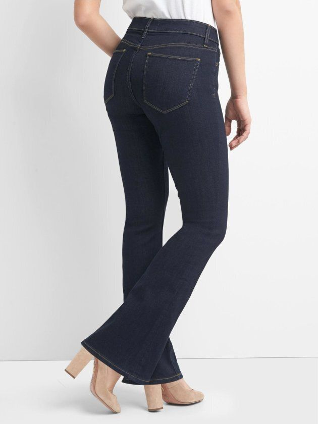 7 Retailers That Sell Jeans For Curvy, Short People