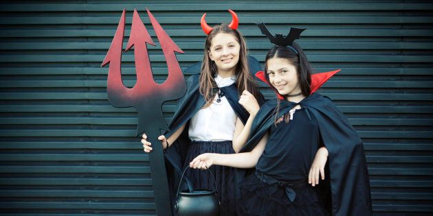 How To Throw A Tween Halloween Party That's Anything But