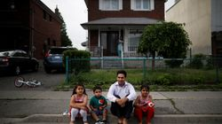 Poll Links Canada's Shrinking Middle Class To Rise In
