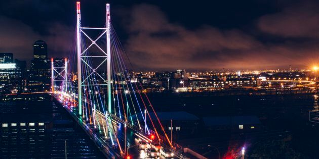 Nelson Mandela Bridge, downtown