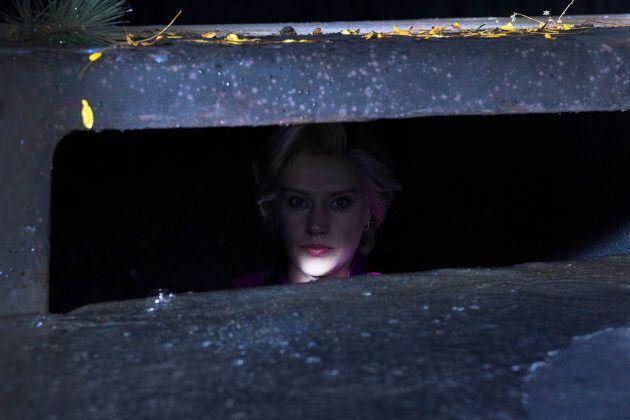 Kate McKinnon as Hillary Rodham Clinton during 'Rainy Night' on Saturday, Oct. 14, 2017. (Rosalind O'Connor/NBC)