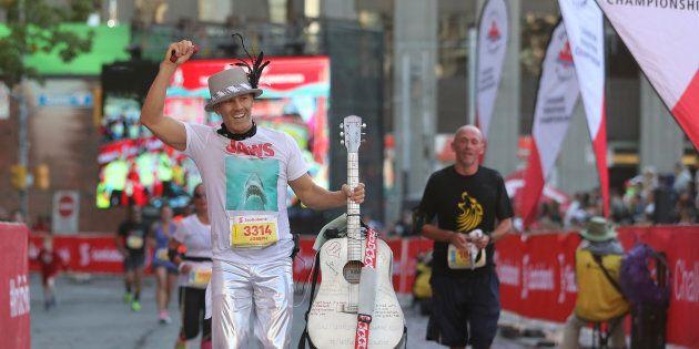 Joseph Reid ran the Scotiabank Toronto Waterfront Marathon on Oct. 22, 2017 dressed as Gord