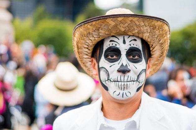 What You Need To Know Before You Put On Mexican Sugar-Skull