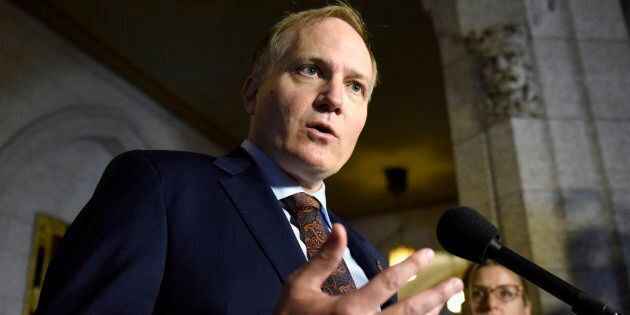 NDP MP Peter Julian speaks to reporters on Parliament Hill on Oct. 19, 2016 in