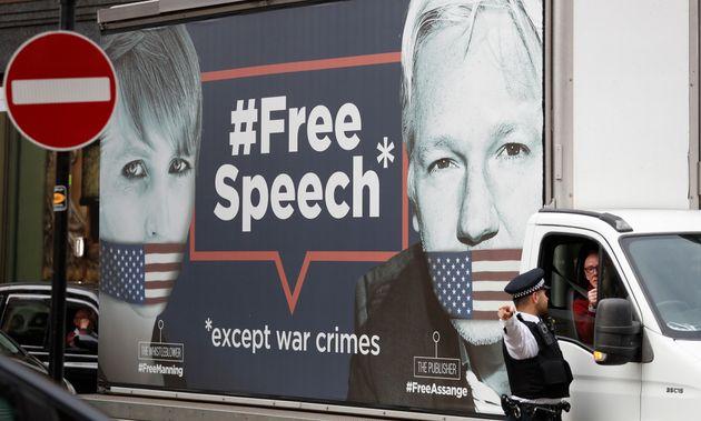 ΗΠΑ: Ελεύθερη μετά από 62 μέρες στην φυλακή η Τσέλσι