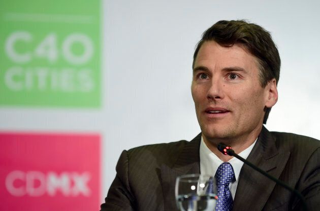 Gregor Robertson, mayor of Vancouver, speaks during the press conference 'Air Quality Declaration' at the Hilton Hotel in Mexico City, on Dec. 2, 2016 at the C40 Mayor Summit.