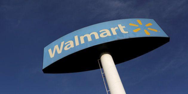 Cyber Monday Showdown: Walmart Closes In On Amazon In Price