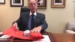 Tory Senator Mocks Trudeau With Box Of Tissues Christmas