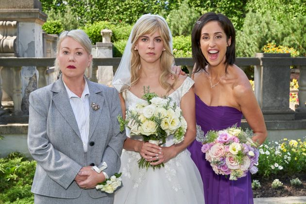 Jann Arden guest stars in the prequel to Season 2 of Workin' Moms, which airs Dec.
