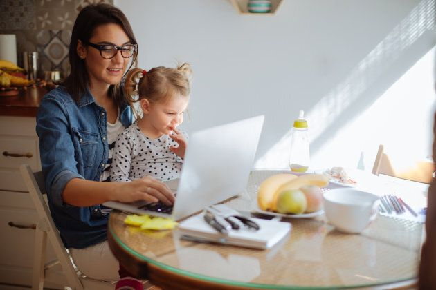 Business Helps Moms Combat Reduced Income In Maternity
