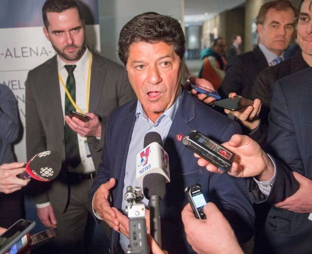 Unifor union president Jerry Dias speaks to the media at the sixth round of talks on Tuesday in
