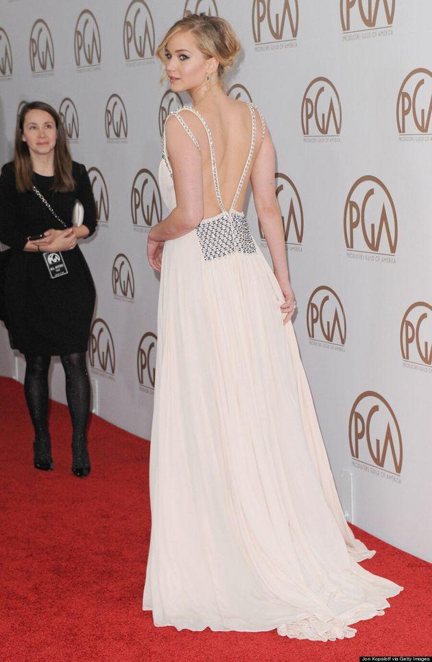 Jennifer Lawrence Turns Heads At 2015 PGAs In Revealing Prada