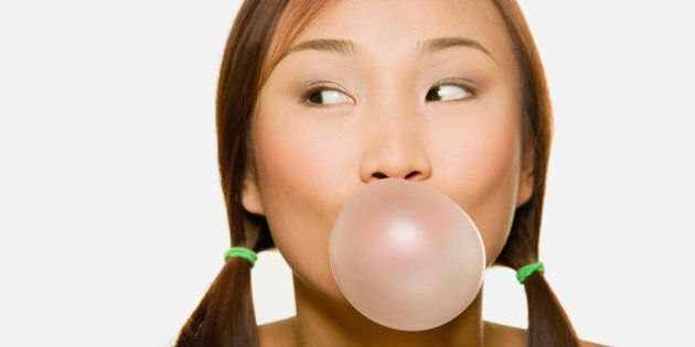 How Chewing Gum Can Help Your Oral