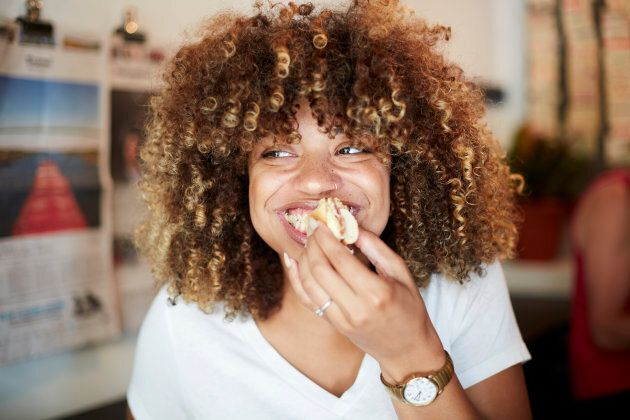 Here's How Intuitive Eating Can Help You Reach Your