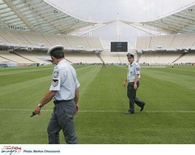 Τελικός Κυπέλλου: 3.000 αστυνομικοί επί ποδός για αγώνα χωρίς...