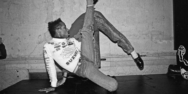 Dancers voguing at nightclub Mars in 1988 in New York City, New