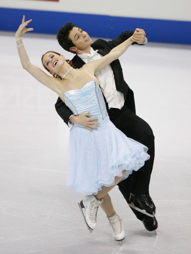 Virtue and Moir perform at Skate Canada on Nov. 2, 2006 in Victoria,