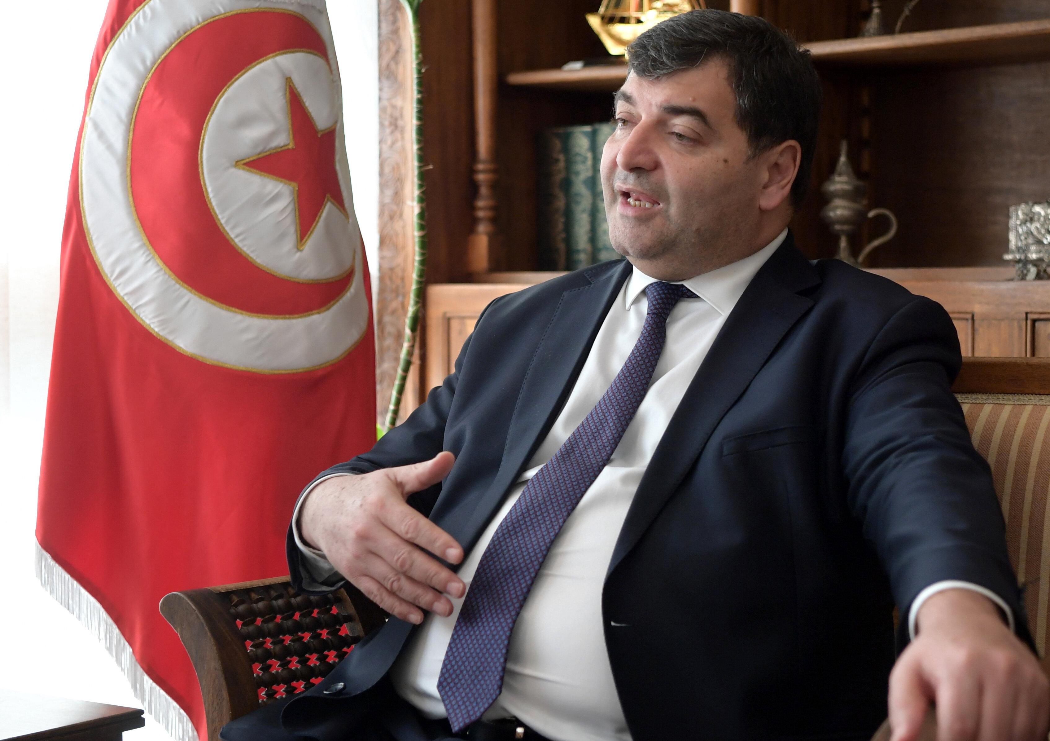 Le ministre du Tourisme veut relancer le tramway reliant Tunis à