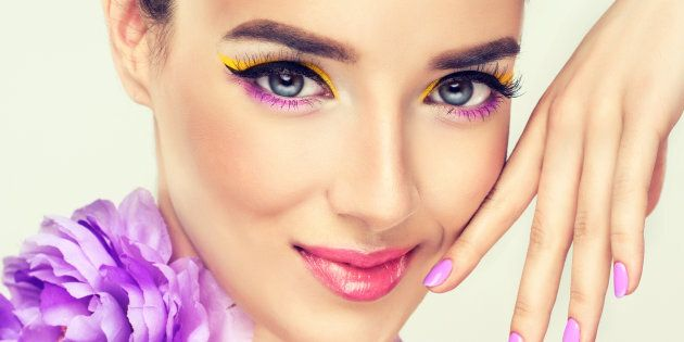 411e057ecce6 Spring 2018 Makeup Trends That Are A Breath Of Fresh Air | HuffPost ...