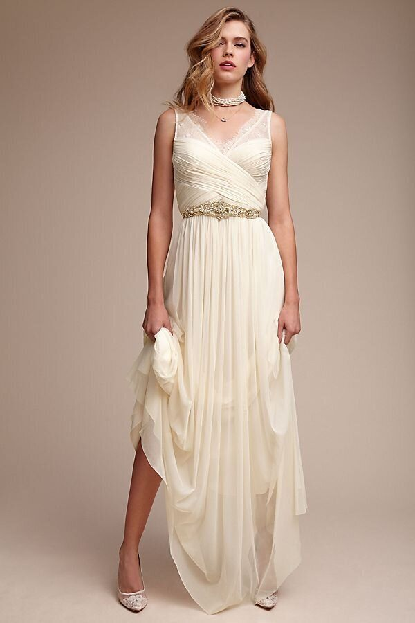 Off-The-Rack Wedding Dresses To Buy For A Quickie