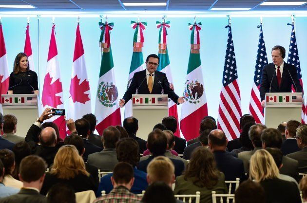 Canadian Minister of Foreign Affairs, Chrystia Freeland, Mexican Economy Minister Idelfonso Guajardo and US Trade Representative Robert Lighthizer give a message to the media during the seventh round of NAFTA negotiations on March 5, 2018.