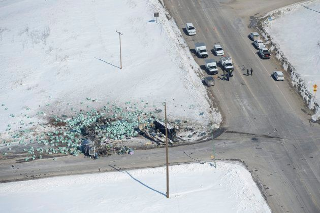 A bus carrying the Humboldt Broncos hockey team crashed into a truck en route to Nipawin for a game Friday...