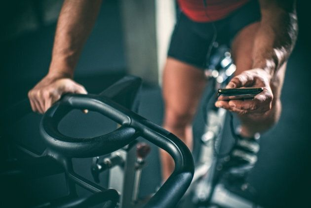 I'm A Fitness App Addict, But I Know They Sabotage My