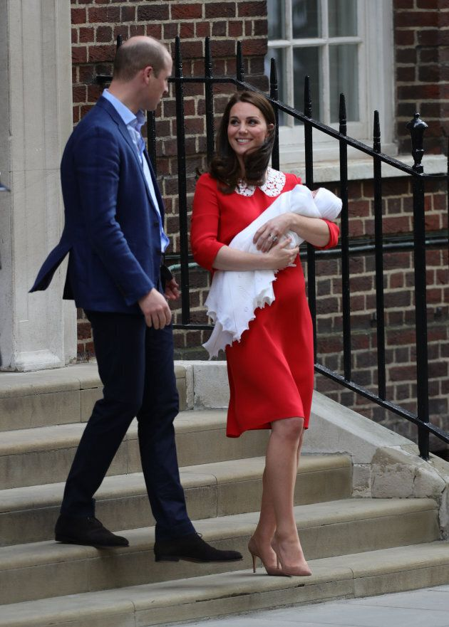 Royal Baby Photos: World Gets 1st Glimpse Of Baby No. 3 For William And