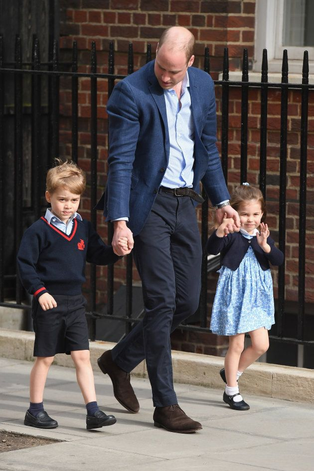 Prince William arrives with Prince George and Princess Charlotte at the Lindo Wing on April 23, 2018.