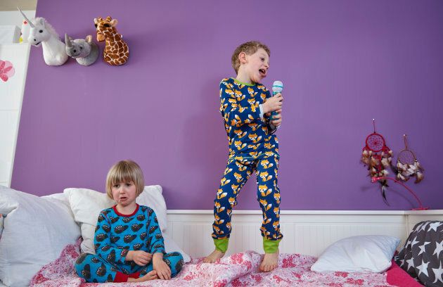 Ask A Parenting Expert: How To Put Your Kids To Bed Without A
