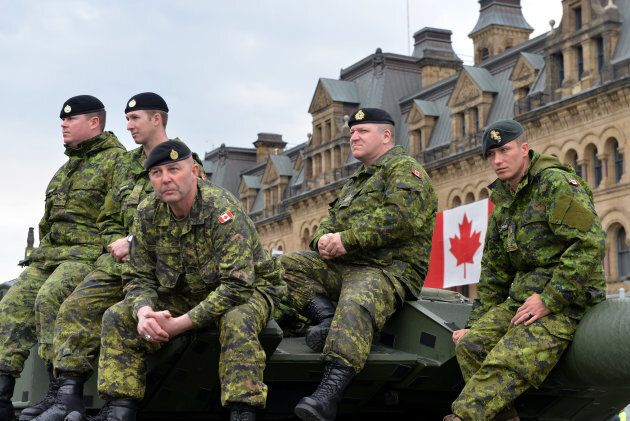 Soldiers who served in the Canadian Forces in Afghanistan were honored on Parliament Hill during National Day of Honour on May 9, 2014.