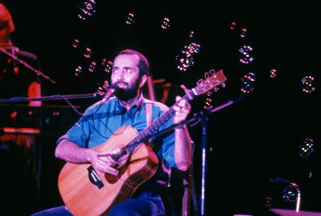 Raffi Cavoukian at a concert Sept. 10, 1989 Los Angeles,