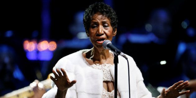 Aretha Franklin performs during the commemoration of the Elton John AIDS Foundation 25th year fall gala...
