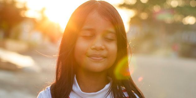 Mental health experts say easy mindfulness tricks are an effective way to help kids cope with