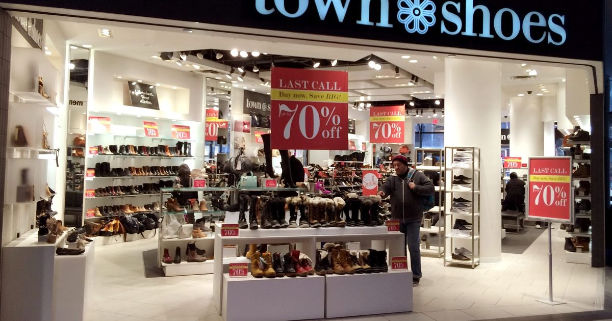 f5ba8a4232fa Town Shoes Stores In Canada To Close Forever As DSW Inc. Shutters Brand