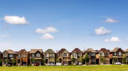1 In 4 Toronto Homes For Sale Are Sitting