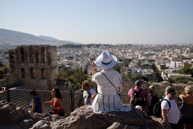 Πάνω από 340.000 τουρίστες μέσω Airbnb στην Αθήνα το 2018 - Εσοδα 90 εκατ.