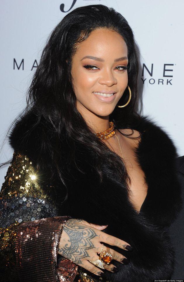 Rihanna Narrowly Avoids Wardrobe Malfunction In Moschino